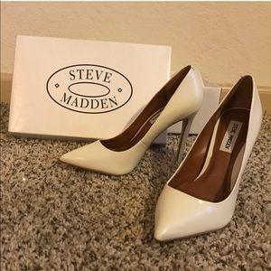 Steve Madden proto white heels